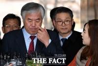 [TF포토] 취재진의 질문 받는 전광훈 목사