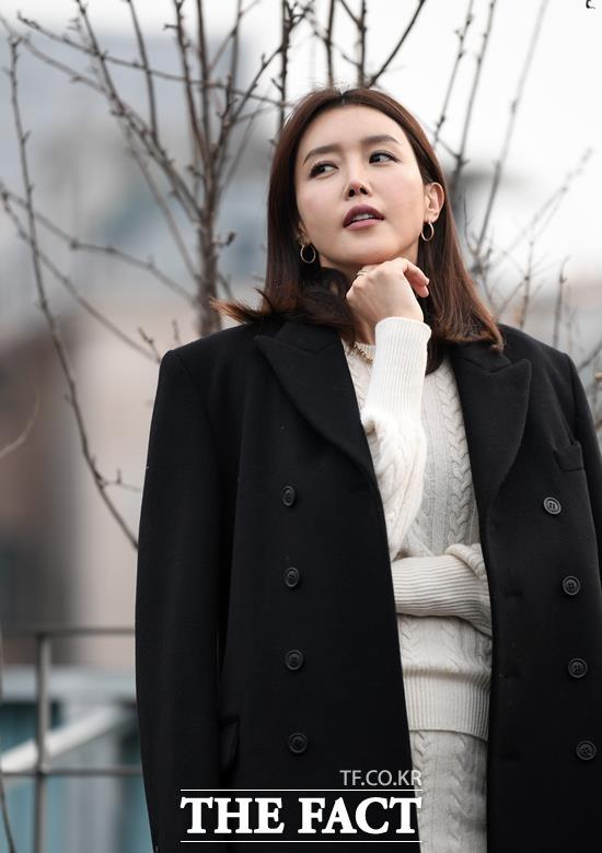 채정안은 SBS 썸남썸녀와 tvN 인생술집 SNL 코리아 시즌 6, jTBC 아는 형님 취향존중 리얼라이프 등에서 돌직구 화법을 쏟아내며 반전 예능감을 선보였다. /임세준 기자