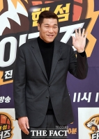 [TF포토] '예능인'에서 '농구인'으로 돌아온 서장훈