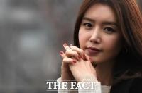 [강일홍의 스페셜인터뷰71-채정안] '여배우 주당' 접고 '뷰티 토크' MC 된 '#정안룩 스타'