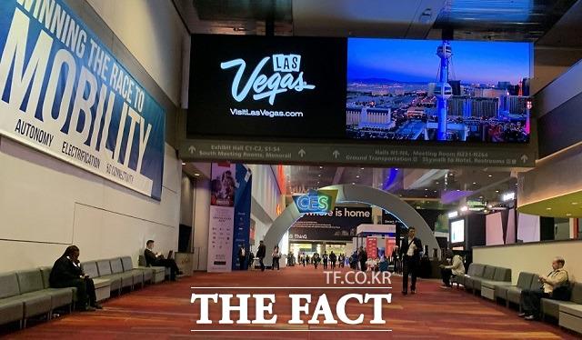세계 최대 가전·IT 전시회 CES 2020이 지난 8일부터 나흘간 라스베이거스에서 진행됐다. 이번 CES에서 한국 기업들은 각종 신제품과 신기술을 뽐내며 IT 강국 코리아의 위상을 높였다. /라스베이거스=최수진 기자