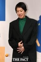 [TF사진관] 홍진경, '아니, 귤이 왜 여기서 나와...'
