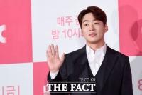 [TF초점] 안재홍의 두 얼굴