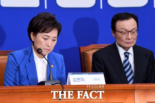총선 시동을 건 더불어민주당 이해찬(오른쪽) 대표와 김현미 국토교통부 장관이 각각 장애인 비하, 지역민 조롱 등의 구설에 올랐다. /남윤호 기자