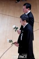 [TF포토] 슬픈 표정의 신동주-신동빈 회장