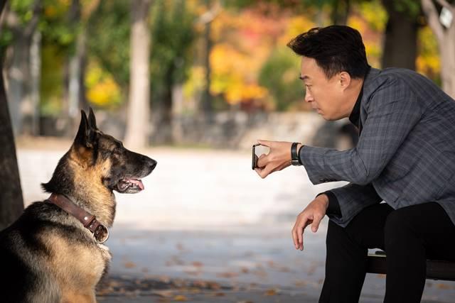 영화 미스터 주:사라진 VIP는 배우 이성민, 김서형, 배정남 등이 출연한다. /리틀빅픽처스 제공