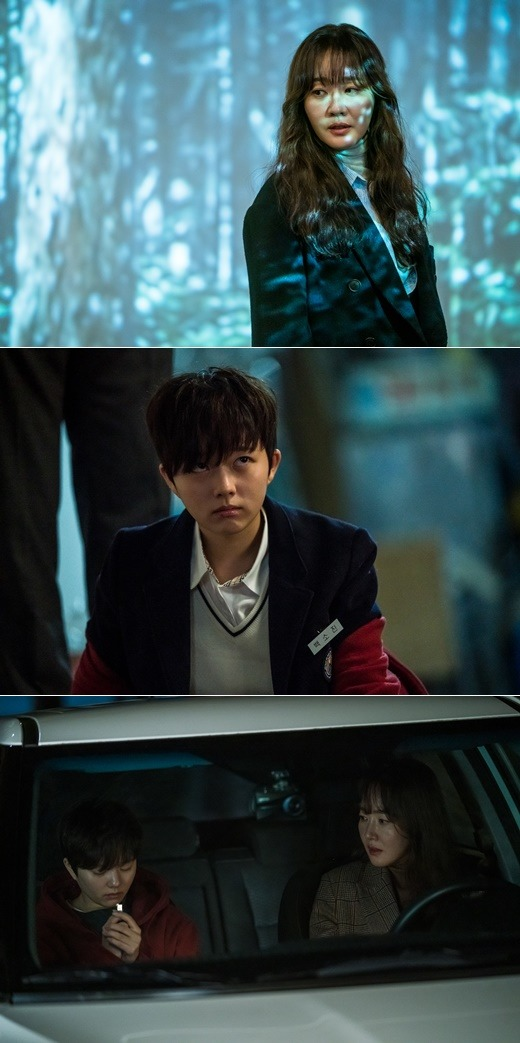 배우 엄지원, 정지소는 tvN 방법에서 잔혹한 워맨스를 보여줄 예정이다. /tvN 제공