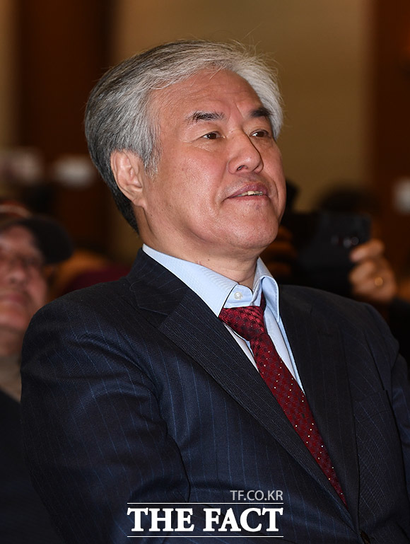 자유통일당을 후원한 전광훈 목사
