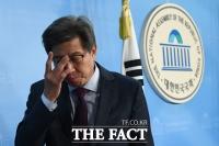 [TF포토] 보수통합 기자회견 마친 박형준 위원장