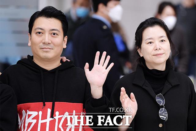 박명훈(왼쪽), 장혜진
