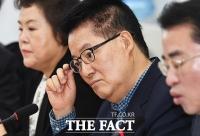 [TF포토] 생각에 잠긴 박지원 의원