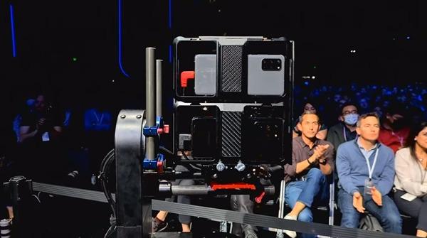 삼성전자가 지난 12일 갤럭시 언팩 2020을 개최했다. 이날 생중계는 갤럭시S20 울트라(사진)를 통해 촬영됐다. /삼성전자 유튜브 갈무리