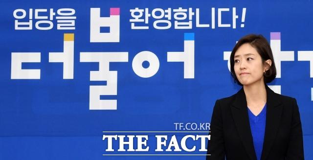 더불어민주당이 서울 광진구을에 고민정 전 청와대 대변인을 전략공천하기로 하면서 오세훈 전 서울시장과의 대결이 예고됐다. 지난 2일 여의도 국회에서 민주당 입당 기자회견에 참석한 고 전 대변인. /임영무 기자