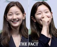 [TF사진관] '웃음이 빵빵~'…박소담, '연기파 배우의 꽃미소'