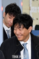 [TF포토] 이재웅-박재욱, '미소 지으며 선고 공판 출석'