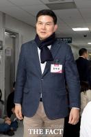 [TF포토] 총선 후보자 면접 참석하는 김태호