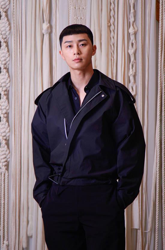 박서준은 JTBC 이태원 클라쓰에 박새로이 역으로 출연 중이다. 원작과 높은 싱크로율로 많은 사랑을 받고 있다. /JTBC 제공