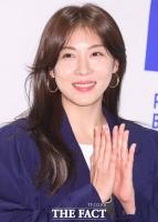 하지원, '미쓰백' 감독 신작 '비광' 출연...류승룡과 호흡