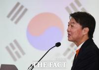 '정치인' 아닌 '의사' 안철수, 코로나19 자원봉사…누리꾼들