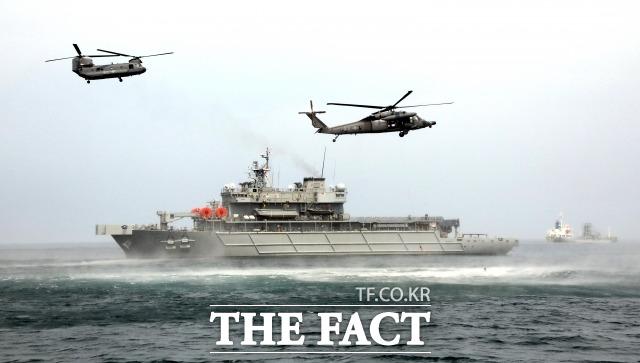 해군은 3일 해군 3함대 소속 참수리급 고속정 1척에서 해상 사격 중 해상용 수류탄이 폭발해 중상 2명, 경상 4명 등 6명이 부상했다고 밝혔다. 부상자들은 응급처치 후 인근 병원으로 후송 중이다. / 더팩트 DB