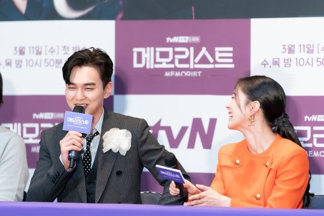 배우 유승호와 이세영은 tvN 새 수목드라마 메모리스트에서 찰떡 궁합을 보여줄 예정이다. /tvN 제공