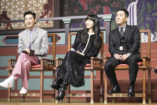 킹덤2에 출연하는 배우들이 작품을 다섯 글자로 표현해 기대감을 안겼다. /넷플릭스 제공