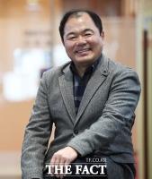 [강일홍의 스페셜인터뷰79-유형관] 37년 '감초' 연기 '활짝'...