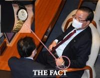 [TF주간政談] 어? 정갑윤 의원 '박근혜 시계'는 금장?...없다고 했는데