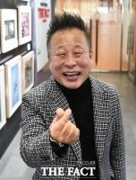 방송인 조문식, 트로트 신곡 '당신 덕분에'로 36년만의 가수 꿈 활짝