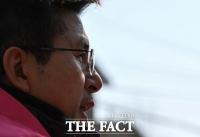 [TF사진관] 필승공약은?…황교안, '종로 서부지역 교통 공약 발표'