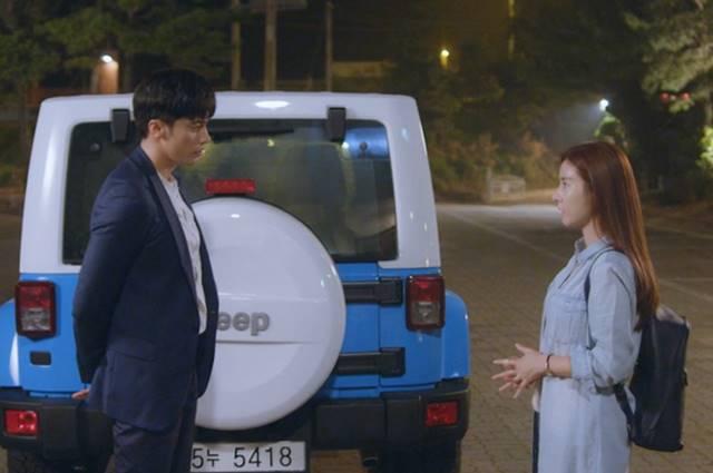 배우 성훈과 김소은은 영화 사랑하고 있습니까에서 멜로 호흡을 맞췄다. /영화 사랑하고 있습니까 스틸