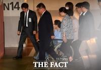 박근혜 전 대통령 파기환송심 선고 늦어진다