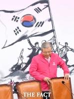 [TF사진관] 미래통합당 합류한 김종인… '정부 코로나19 대책에 쓴소리'