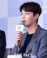 윤두준, 오늘(10일) 전역…하이라이트 첫 군필자