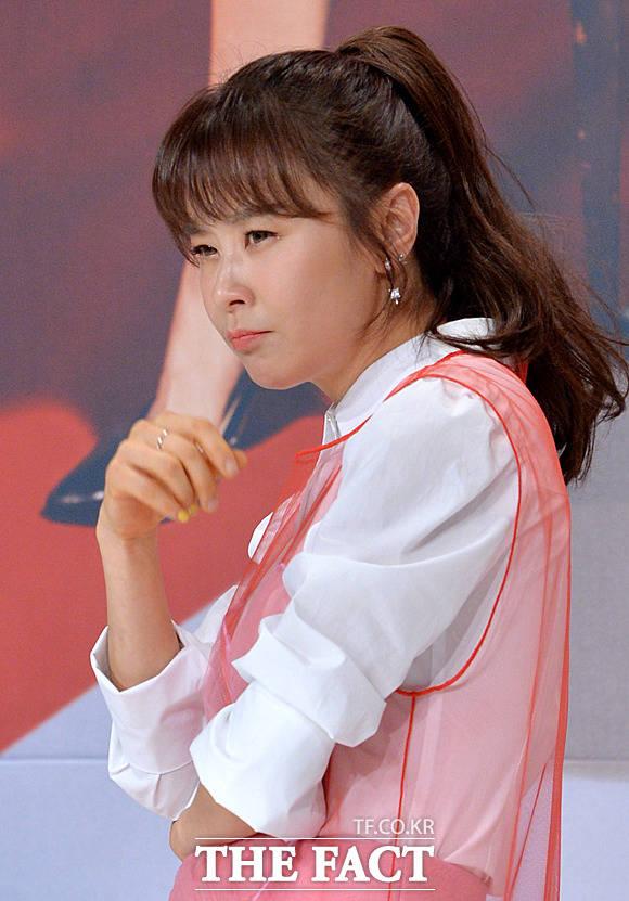 배우 최강희가 예능 프로그램에 출연해 자신만의 동안 비법이 잠과 물이라고 밝혔다. /더팩트DB