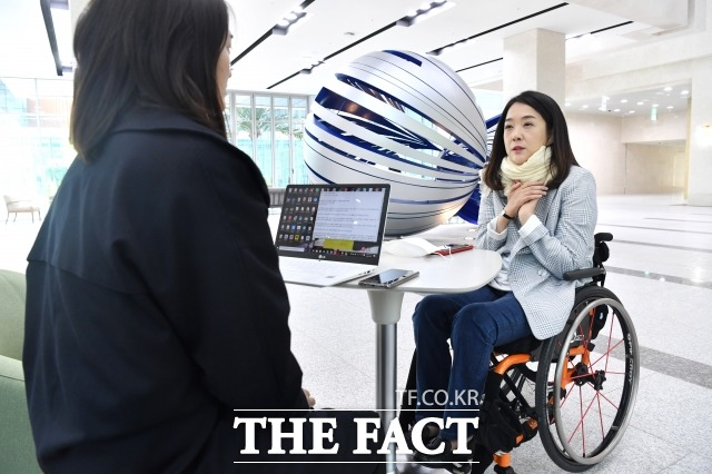 최 당선인은 시각장애인, 발달장애인을 위한 투표용지, 선거공보물을 제작할 수 있도록 장애인 단체 등과 협력하고 소통하겠다고 향후 계획을 밝혔다. /남윤호 기자
