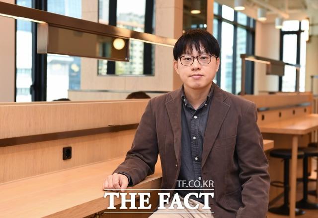 박의준 변호사(사진)는 AI(인공지능)를 기반으로 한 비대면 지급명령과 민사소송 서비스에 이어 비대면 가압류 서비스를 개시한다. / 임세준 기자