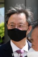 [TF사진관] '머리칼 휘날리며' 법원 출석하는 우병우