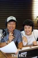 '36·33년 개근' 강석·김혜영, '싱글벙글쇼'와 뜨거운 안녕