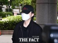 [TF사진관] 음주운전 혐의 노엘,' 황급한 발걸음으로 법원 출석'