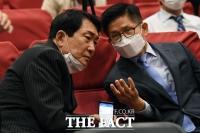 [TF포토] 대화 나누는 안상수-김문수