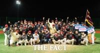 '프로야구 없는 월요일엔 연예인 야구를!'
