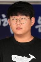 [TF포토] 포토라인에 선 '갓갓' 문형욱