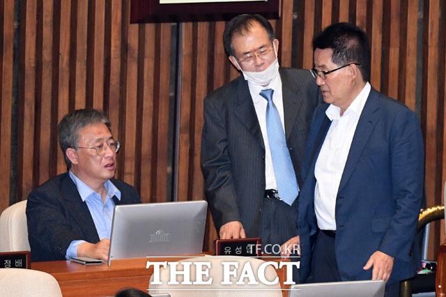 유종의 미 거두는 민생당 유성엽-박지원 의원