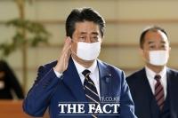 日 아베 내각 지지율 27%…한달반새 '17%포인트' 급락