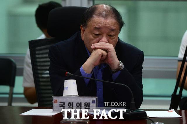 강창일 민주당 의원은 윤미향 당선인과 관련해