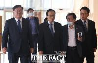 [TF포토] 당선인 워크숍 참석하는 민주당 지도부