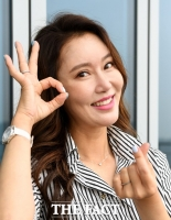 [강일홍의 스페셜인터뷰91-홍승희] 40대 나이, 왜 '트로트 걸그룹'을 하냐고요?