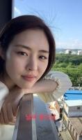 이연희, 결혼 발표 후 '첫 근황' 공개…예비신부의 '행복' 미소