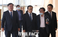 [허주열의 정진기(政診器)] '절대 과반' 앞세운 민주당의 오만과 '내로남불'